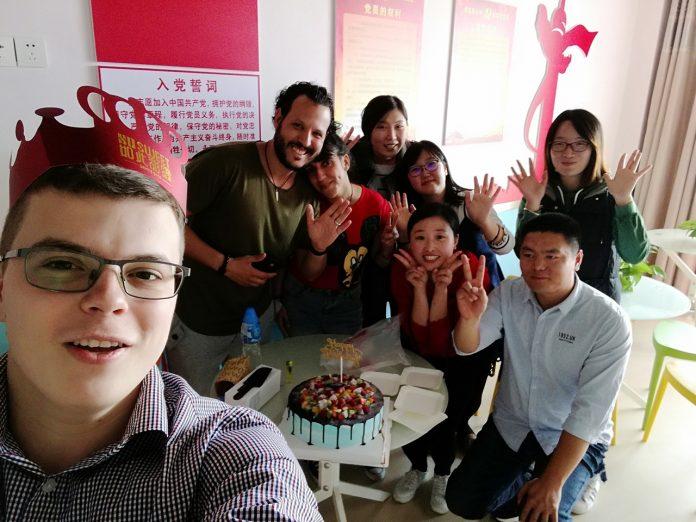 Слобожанин работает в Китае и собирается противостоять коронавирусу