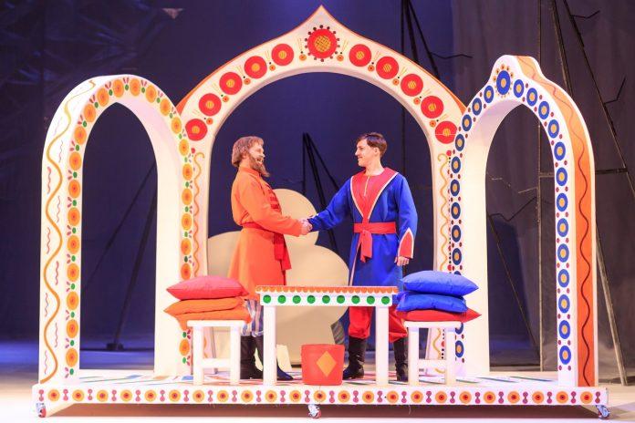 В Театре на Спасской подготовили новогодний подарок