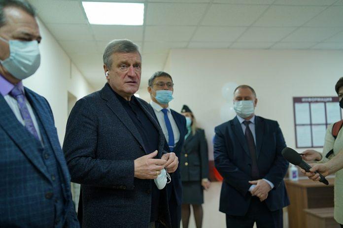 Губернатор посетил Стулово
